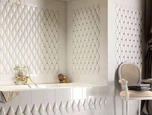 Атласная обивка для ванной комнаты